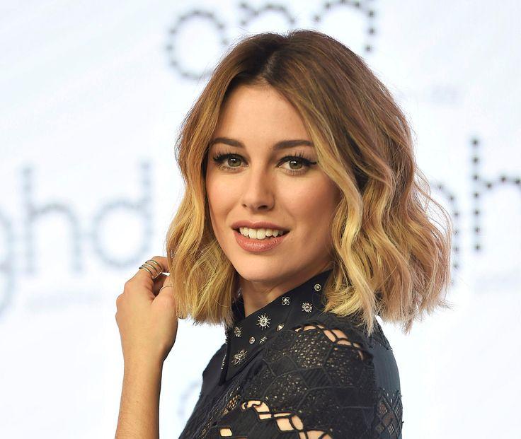 Peinados pelo corto ondulado Peluqueria Cordoba Manuela Jurado Salon