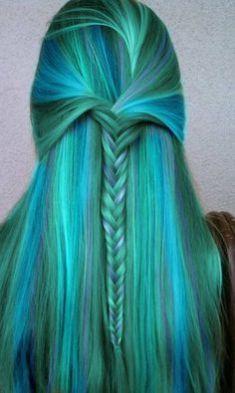 Tinte cabello largo tono verdes plata