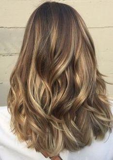 Tinte cabello largo tono bronce y caobas