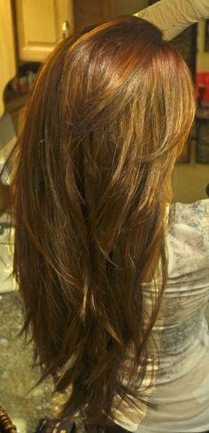 Tinte cabello largo tono castaño terracota