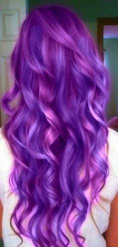Tinte cabello largo tono violeta azule plata