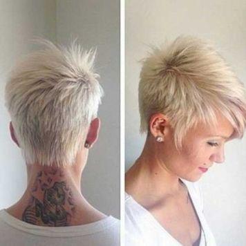 Peinado pelo corto cuello desfilado boyish raya difuminada rubio blonde