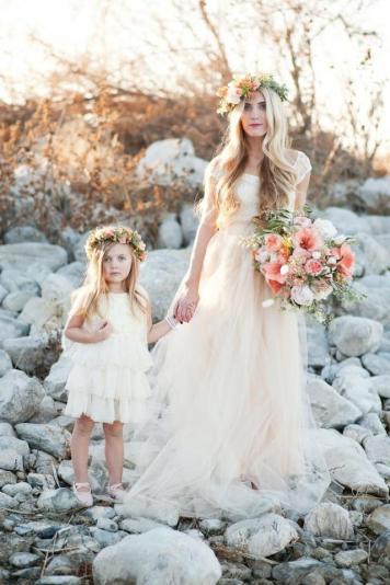el tiempo en cordoba afecta al peinado novia boda con damita