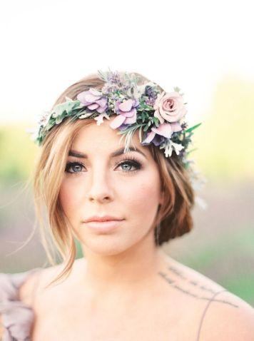 el tiempo en cordoba afecta al peinado novia para boda tiara floral