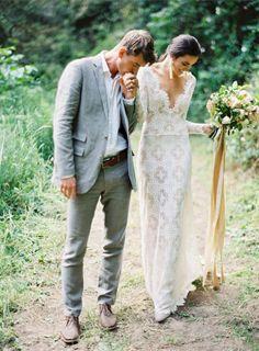03 Fotos de boda con beso en el campo