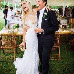 07 Fotos de boda celebrando con una copa