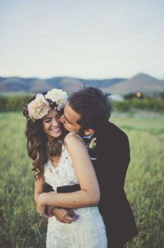 08 Fotos de boda abrazando por la cintura