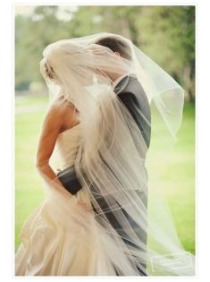 10 Fotos de boda beso oculto con velo