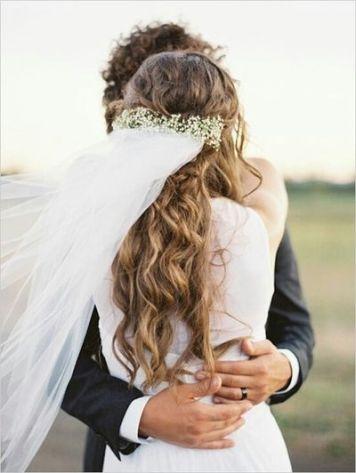 peinados de novia con pelo rizado en córdoba