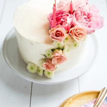 Idea 5 tarta de boda floral asimetrica