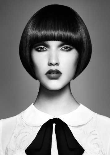 Corte de pelo y peinado Corto Perfil Oval