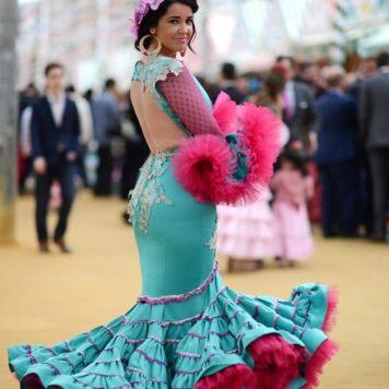 Recogidos flamenca para Pelo Corto en Cordoba