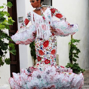 Recogidos flamenca para Pelo Corto en Luque