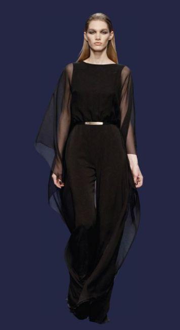 Vestido de fiesta y su peinado negro pantalon mangas en gasa en Cordoba