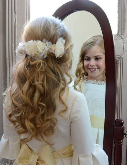 Peinados de primera comunion en cabello largo
