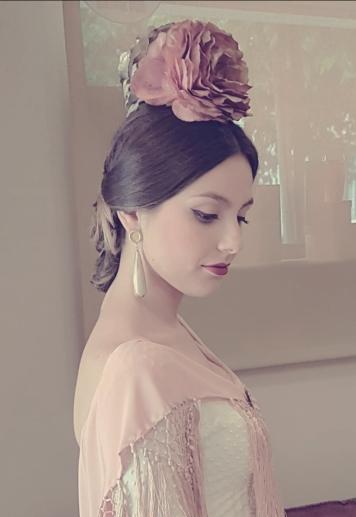 Peluqueria y Maquillaje Flamenca para Peinados 2018 Arroyo del Moro Esther