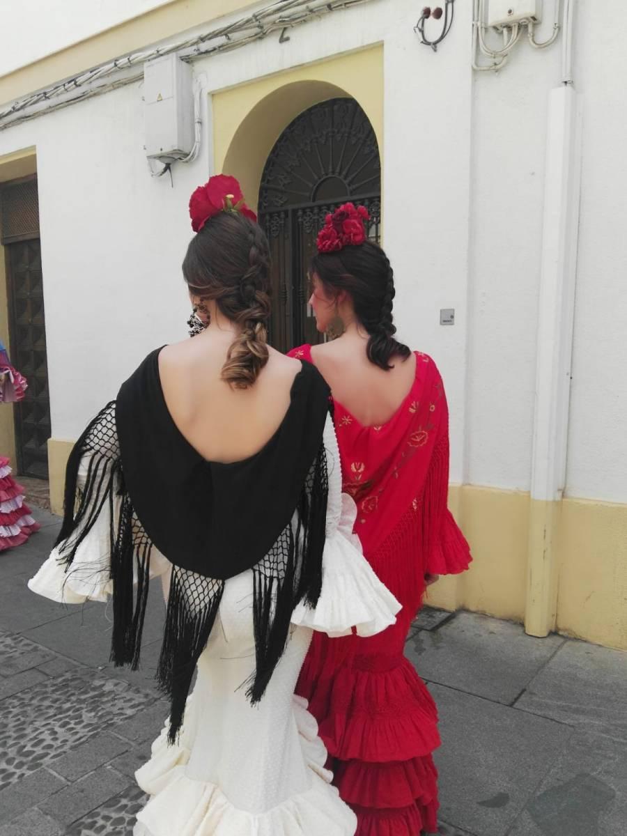 Peluqueria y Maquillaje Flamenca para Peinados 2018 Asomadilla Esther y Rocio
