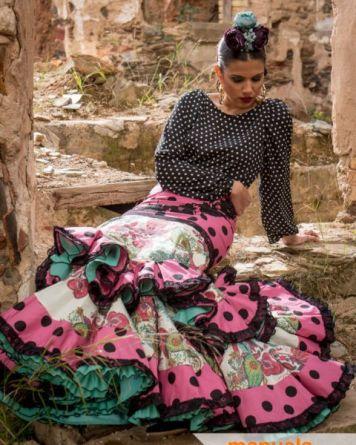 Trajes de Gitanas en Cordoba Estilos formas y Colores El Brillante