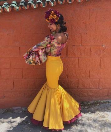 Peinados para Trajes de Gitanas en Cordoba Estilos formas y Colores Villafranca de Cordoba Tercera Parte