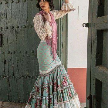 Ideas Trajes de Flamenca y Recogidos Aires de Feria · Venta de trajes de flamenca y trajes de gitana