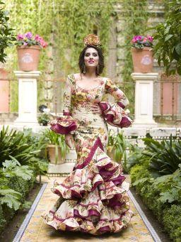Ideas Trajes de Flamenca y Recogidos Creaciones Maricruz Trajes de flamenca, Trajes de gitana, Moda