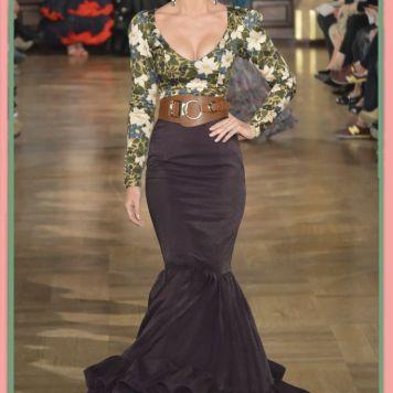 Ideas Trajes de Flamenca y Recogidos DOÑA ANA Trajes de gitana, flamenca, faralaes. Faldas y tops