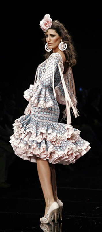 Ideas Trajes de Flamenca y Recogidos Historia de los trajes de gitana y el traje Cordobés - Bodegas Mezquita