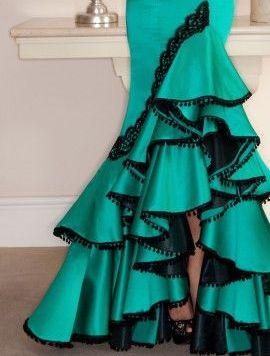 Ideas Trajes de Flamenca y Recogidos Moda flamenca Pasarelas, trajes - Córdoba Flamenca