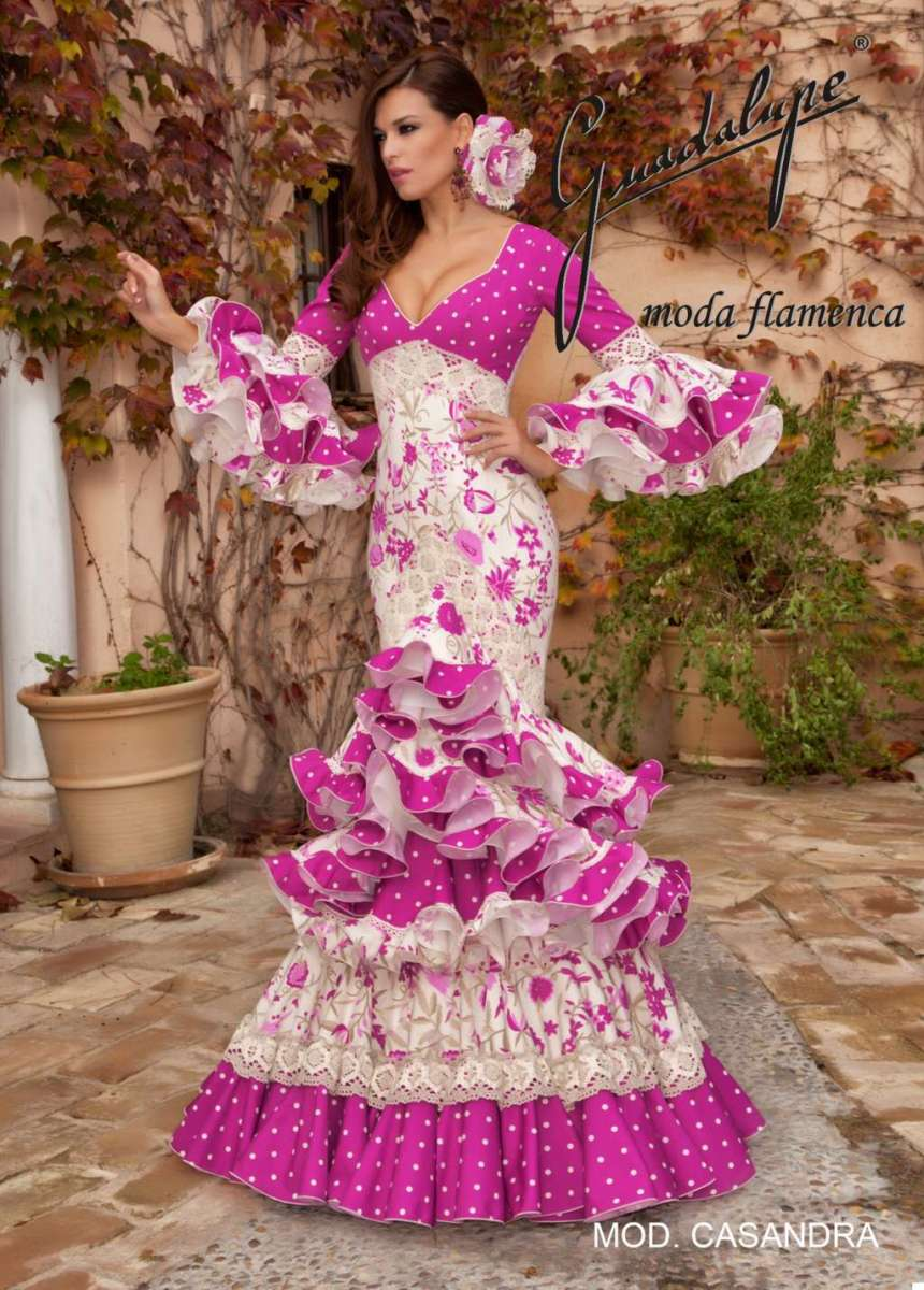 Ideas Trajes de Flamenca y Recogidos Moda y complementos trajes ...