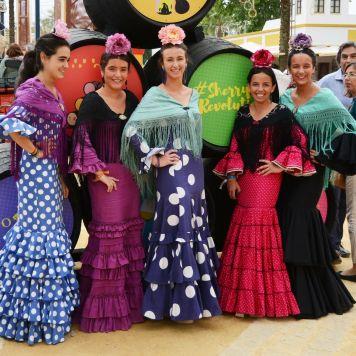 Ideas Trajes de Flamenca y Recogidos Trajes de flamenca para la Feria de Abril de Sevilla 2018 errores