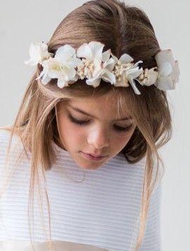 Peinados con encanto para niñas de Comunion Sana Rosa
