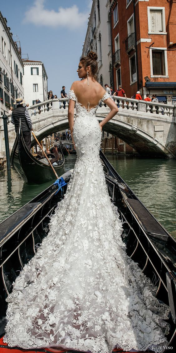 Vestidos de Novias y Peinados con tendencia Romantica Cabra