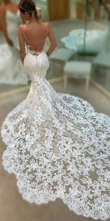 Vestidos de Novias y Peinados con tendencia Romantica Villafranca