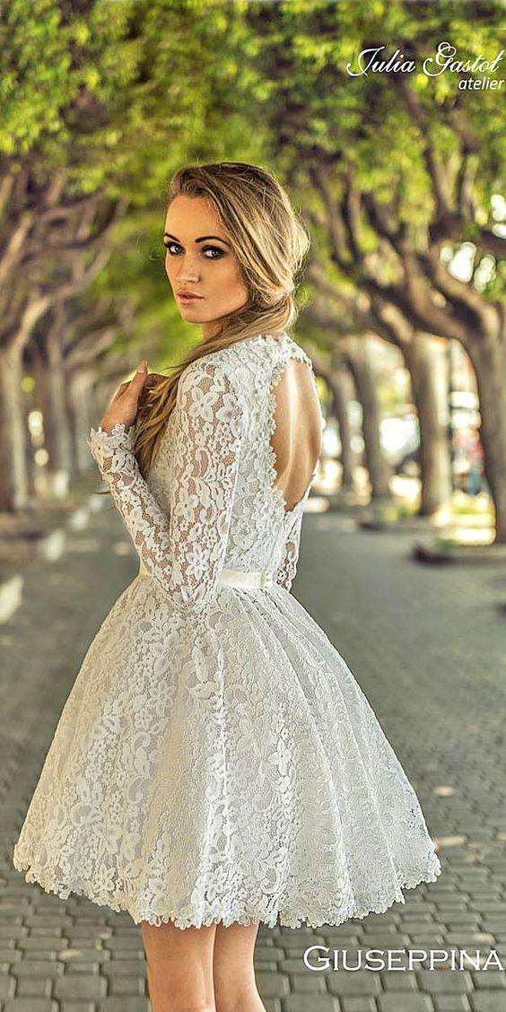 Peinados con Vestidos de novia cortos Cola Baja