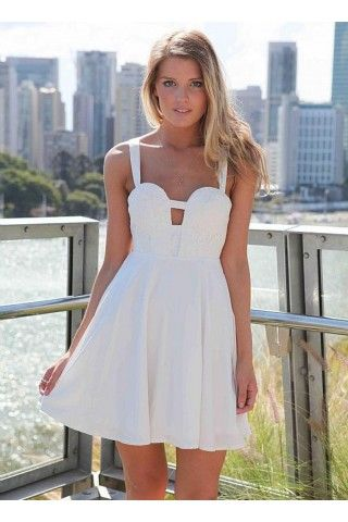 Peinados con Vestidos de novia cortos Pelo efectos brillo