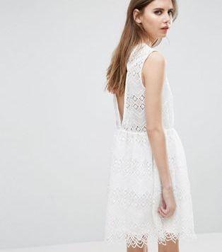 Peinados con Vestidos de novia cortos Pelo Largo efectos