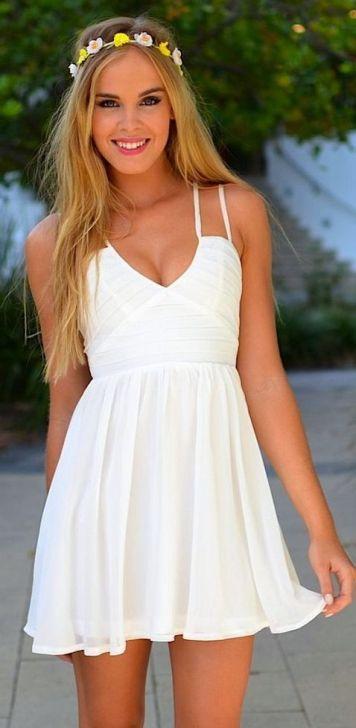 Peinados con Vestidos de novia cortos Pelo Largo