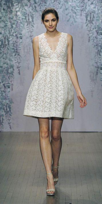 Peinados con Vestidos de novia cortos Recogido alto