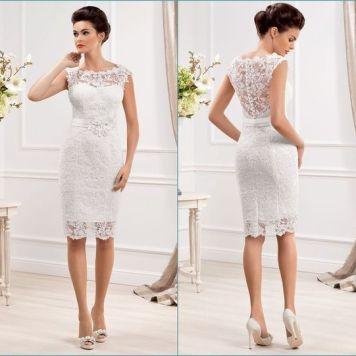 Peinados con Vestidos de novia cortos Recogido Medio Clasico