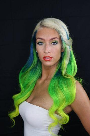 Tintes de Neon y Propuestas de Colores Plata y Verdes