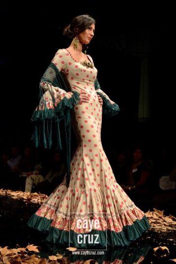 Todo Ideas en diversas tonalidades moda flamenca