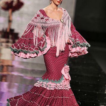 Todo Ideas en mari cruz moda flamenca