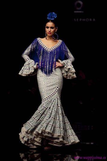 Todo Ideas en traje de flamenca diferente