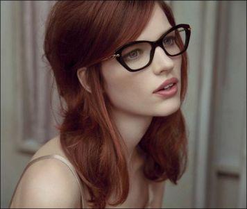 Gafas de Sol segun Cara, Tinte y Peinado Raya al lado
