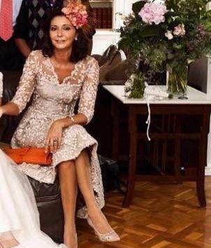 Ser la Madrina Ideal con Tocado, Mantilla o Sombrero Vestido elegante Corto