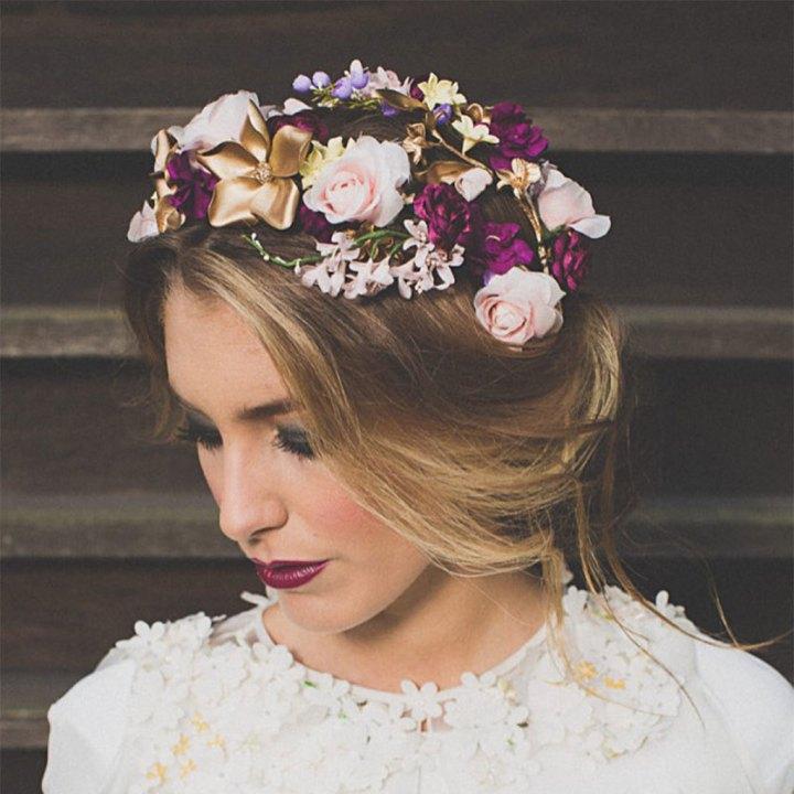 Tocados para Novias de Pelo Corto con flores