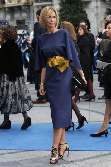 Vestidos con Peinados que sirven para Invitadas y Madrinas de Boda Almedinilla