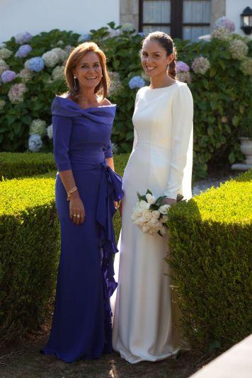 Vestidos Elegantes Cortos y Largos para Ceremonias Aire Libre