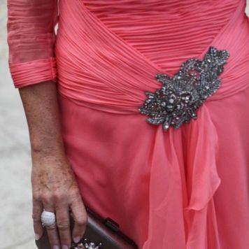 Vestidos Elegantes Cortos y Largos para Ceremonias Complementos a Juego