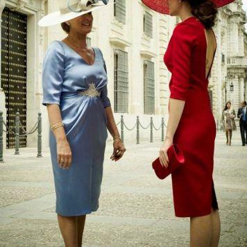 Vestidos Elegantes Cortos y Largos para Ceremonias Especiales